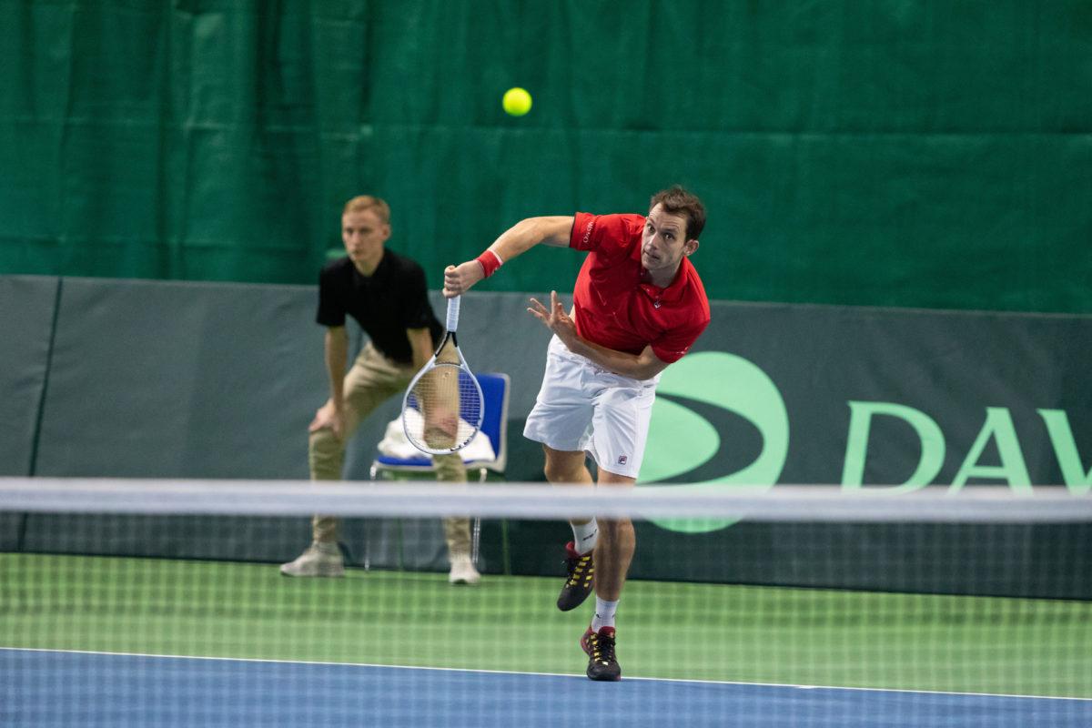 Frederik Løchte i kamp ved Davis Cup i Holbæk 2020